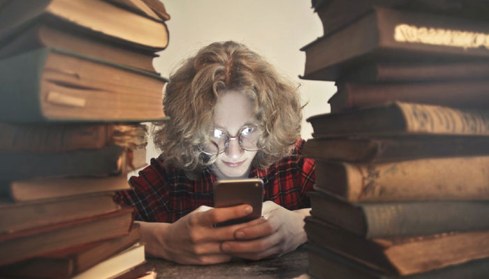 how will live streaming apps change the future of the education industry